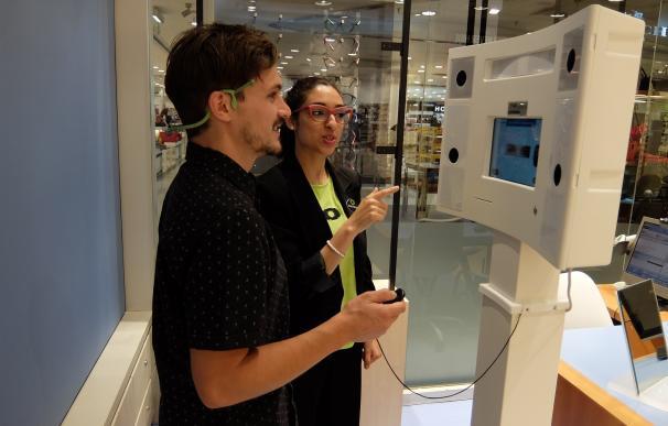 Óptica 2000 (El Corte Inglés) lanza una marca de gafas hechas a medida en impresión 3D