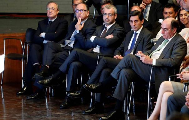 Los presidentes de ACS, Florentino Pérez; Iberia, Luis Gallego; Aena, Maurici Lucena; Telefónica, José María Álvarez-Pallete, e Iberdrola, Ignacio Sánchez Galán