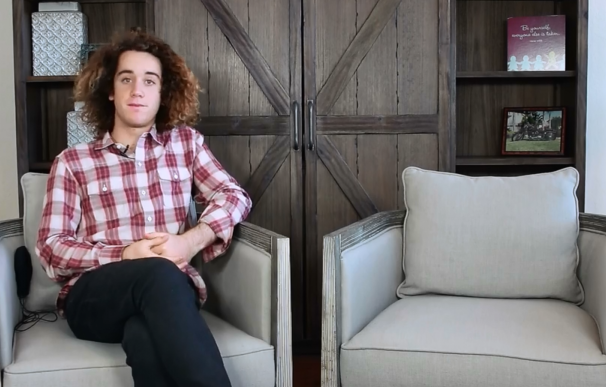 Este joven creó una red social porque su padre le prohibió Facebook; ahora posee una fortuna de 30 millones