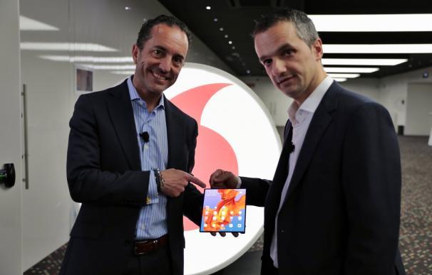 Directivos de Vodafone durante la presentación en el MWC.