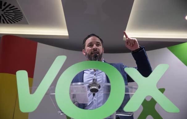 Vox diseña una campaña 'low cost' sin bancos y a base de donaciones generosas