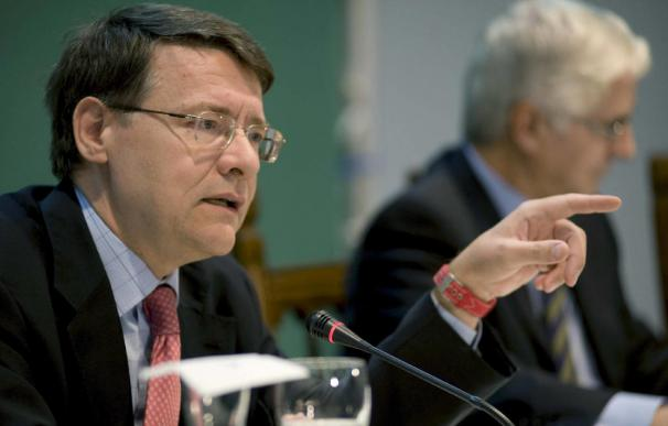Jordi Sevilla planea inversiones en REE de 7.000 millones.