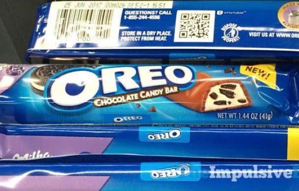 Fotografía de una barra de chocolate Milka con Oreo.