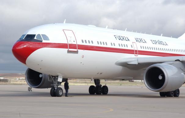 Lavado de cara a los aviones de Sánchez: 400.000 euros por una 'mano de pintura'