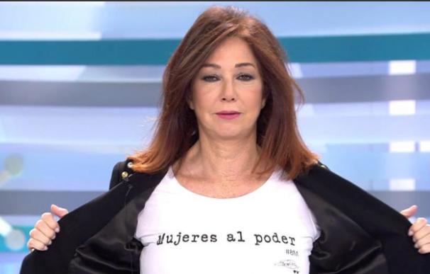 Ana Rosa Quintana no ha secundado la huelga pero ha mostrado en su programa una camiseta con el lema 'Mujeres al poder'