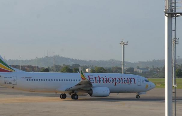 Imagen de archivo de una aeronave de Ethiopian Airlines (L.I.)