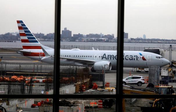 Un avión Boeing 737 Max 8 en el aeropuerto de LaGuardia (Nueva York).