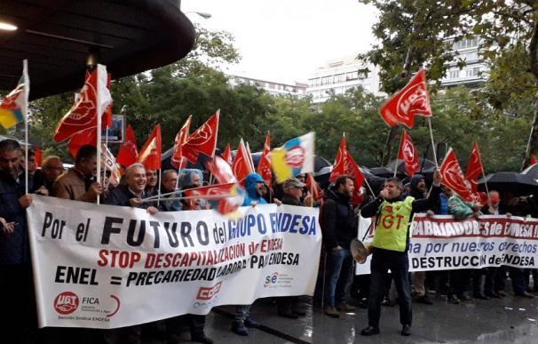 Las protestas de empleados de Endesa se suceden desde hace más de un año.
