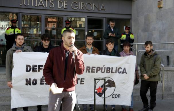 Jordi Alemany durante una movilización por el aniversario del 1-O en Girona (Foto: CATALUNYADIARI.CAT)