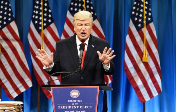 Alec Baldwin, caracterizado como Donald Trump en el programa 'Saturday Night Live'. (L.I.)