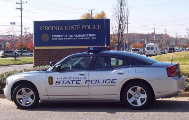 Fotografía de un coche de la policía de Virgina.