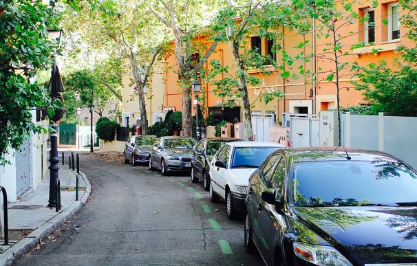 Una calle de Cruz del Rayo en El Viso, Madrid