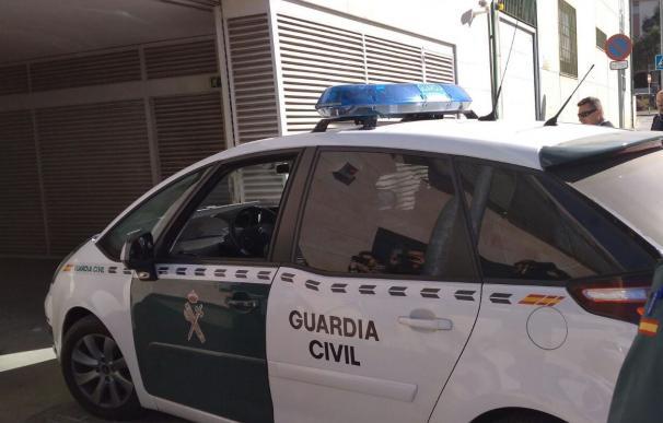 Una patrulla de la Guardia Civil se desplazó al lugar y comprobó que era cierto