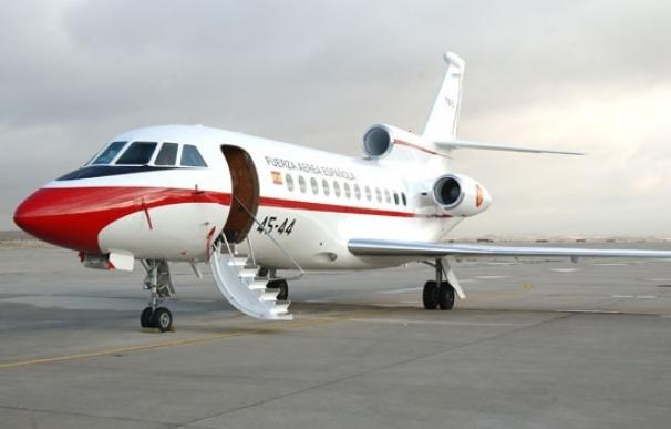 Rajoy vuela ya a España tras el fallo detectado en el Falcon