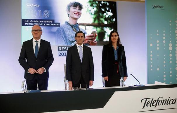 Ángel Vilá, José María Álvarez Pallete y Laura Abasolo.