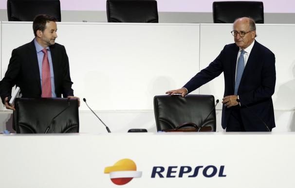 El consejero delegado de Repsol, Josu Jon Imaz, junto al presidente de la petrolera, Antonio Brufau.