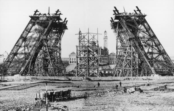 Comienzo de la construcción del famoso monumento (EFE/ Collection tour eiffel)