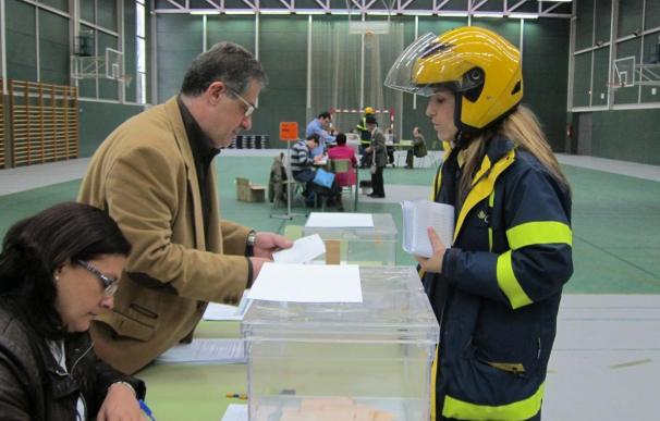 Más de 11.300 asturianos han enviado su voto por correo