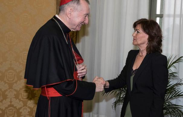 La vicepresidenta Carmen Calvo y el secretario de Estado del Vaticano, Pietro Parolin
