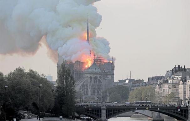 La aguja central de Notre Dame, la más dañada