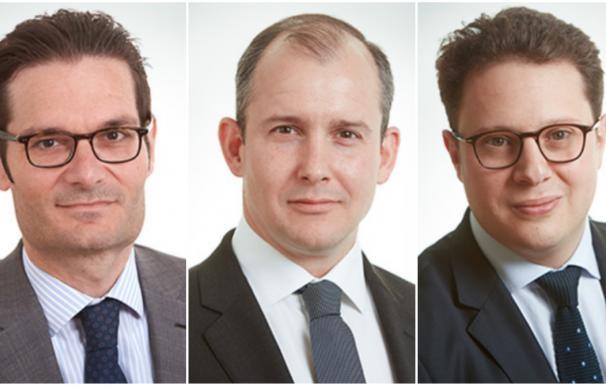 Ourghourlian, De la Rosa y Fortessa, socios directores de Amber Capital.