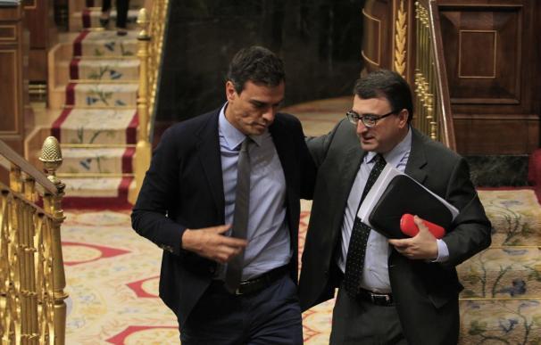 Pedro Sánchez con Aitor Esteban