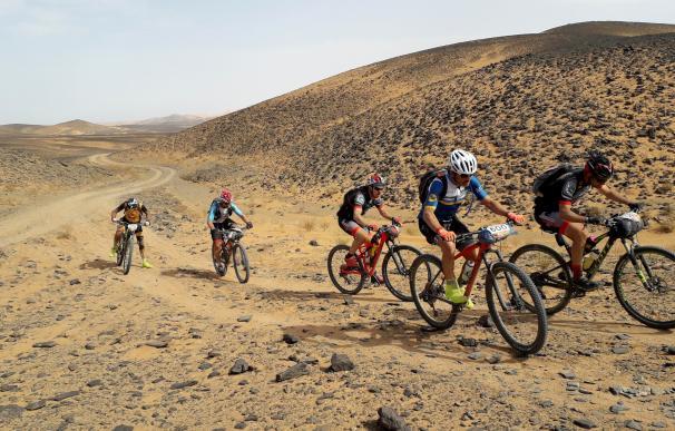 Así es la Titan Desert, la dura competición ciclista que cruza Marruecos
