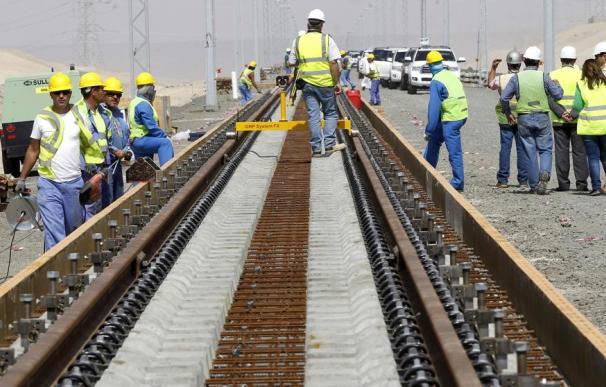 Imagen de archivo de unas obras ferroviarias del AVE (EFE/Chema Moya)