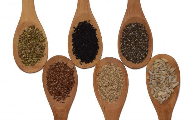 Diferentes semillas, entre las que está la chía, el girasol o el sésamo – Pìxabay