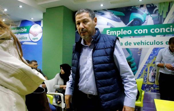 El presidente de Coalición por Melilla (CPM), Mustafa Aberchán, el pasado martes en la sede del partido. / F. G. GUERRERO EFE