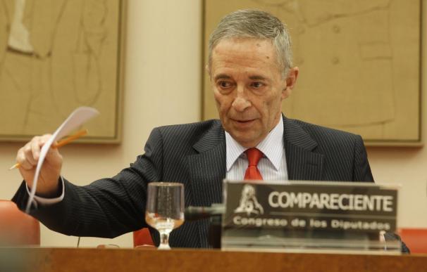 Julio Segura, presidente de la CNMV en el año 2011, durante una comparecencia en el Congreso.