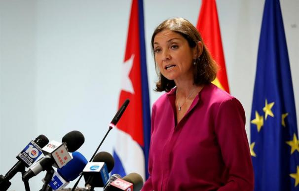 Reyes Maroto durante su visita oficial a Cuba.