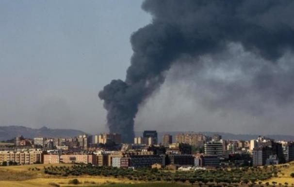 Incendios, como el de Chiloeches en 2017, se suceden en las plantas de reciclaje.
