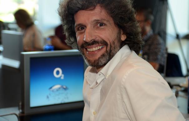 Pedro Serrahima (Telefónica) Con El Logo De O2