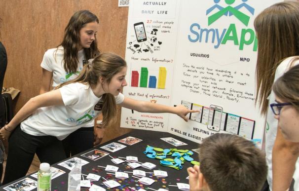 Algunas de las participantes en el Technovation Challenge