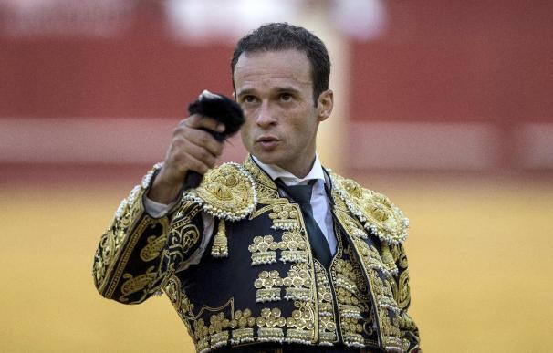 Antonio Ferrera corta la única oreja en La Malagueta