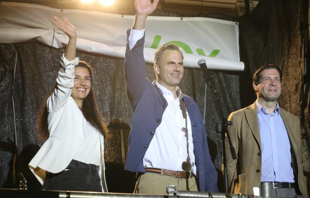 Vox sería 'llave maestra': Monasterio y Smith darían el poder a Almeida y Ayuso