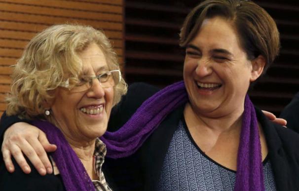 Fotografía Ada Colau y Manuela Carmena / EFE