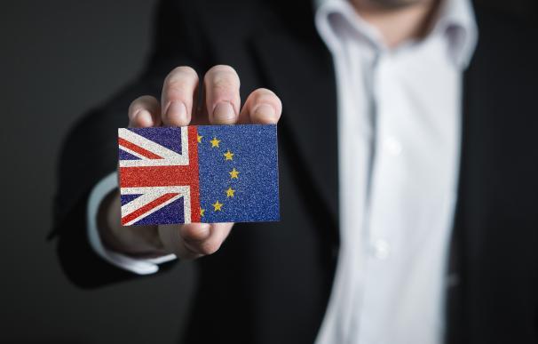 May y Bruselas pelean por 'salvar' el Brexit
