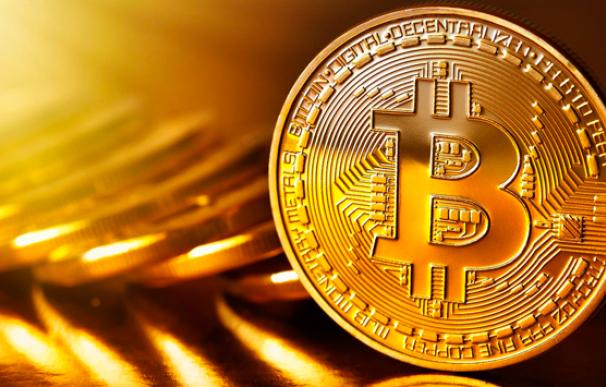 Las criptomonedas abandonan el infierno con el inicio de año: el bitcoin repunta hasta un 8%