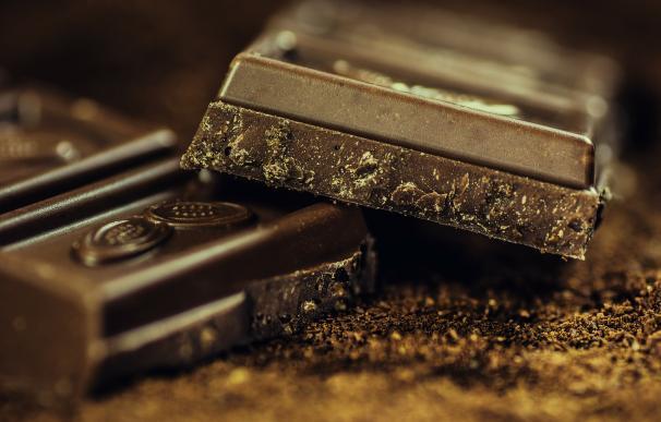 Los amantes del chocolate podrían ganar dinero mientras disfrutan de su placer.