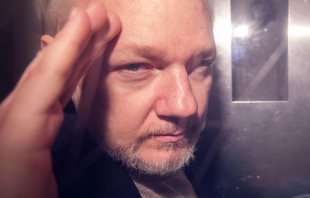 Julian Assange podría salvarse de la pena de muerte