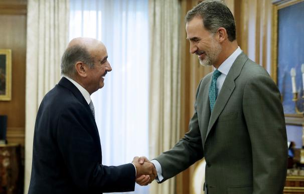 Revilla solo dirá 'sí' a Sánchez a cambio de 1.400 millones para el AVE a Cantabria