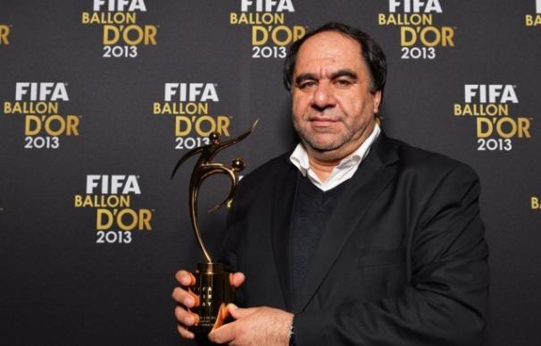 Keramuddin Karim durante una entrega de premios. /FIFA