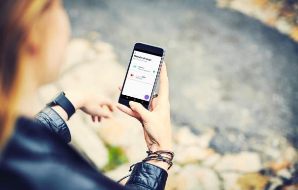 Cabify permite el pago en efectivo en sus vehículos de Madrid