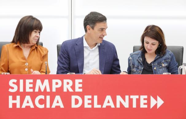 Sánchez mete presión a Rivera para que sea 'bisagra' como quieren la UE y el Ibex
