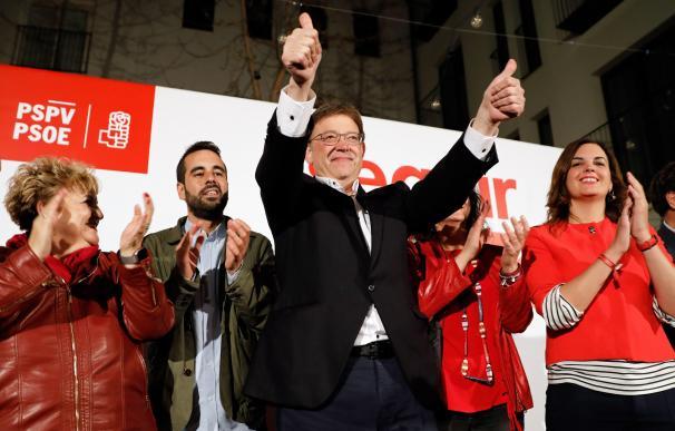 Ximo Puig celebra la victoria en las elecciones valencianas
