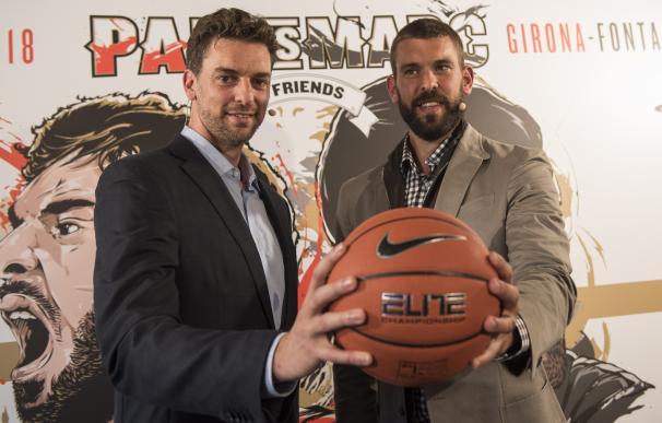 Los jugadores de baloncesto Pau y Marc Gasol en 'Pau Vs Marc'