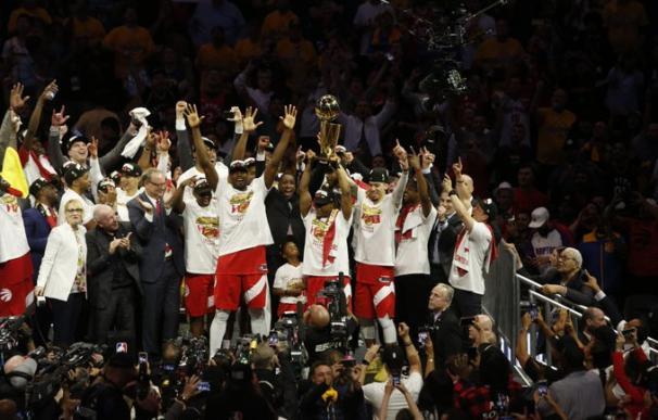 Los Toronto Raptors ganan el anillo de la NBA por primera vez en su historia. / Raptors