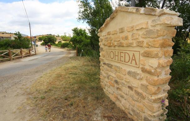Entrada a la aldea de Noheda, Cuenca, donde está la villa romana.